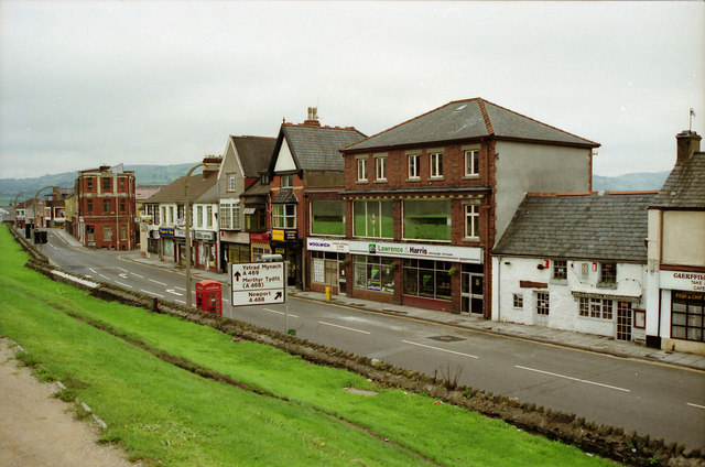 Caerphilly Old Town Centre from 1989 before reconstruction