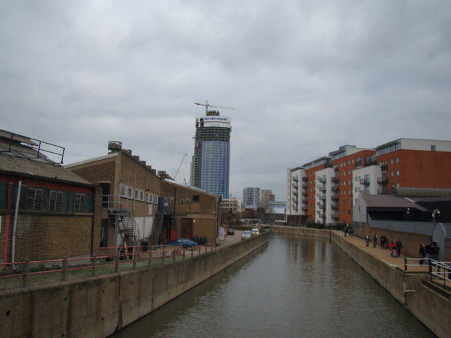 Looking back along the Lea towards Stratford
