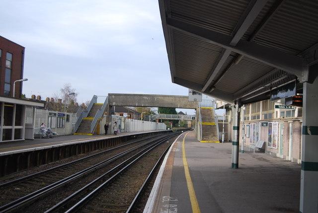 Crawley Station