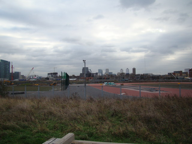 View of Canary Wharf from the Greenway