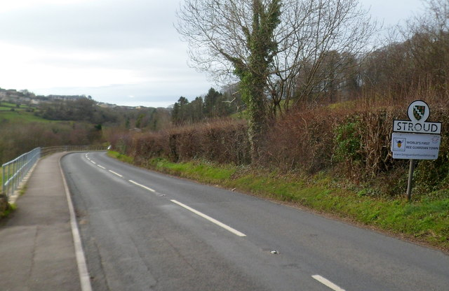 NE boundary of Stroud