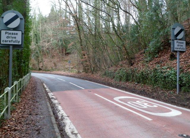End of 30mph speed limit in Slad