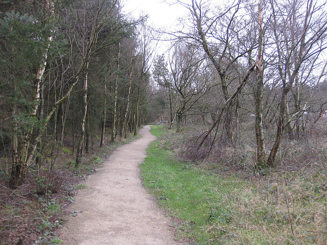 Path following the line of Cleave Dike