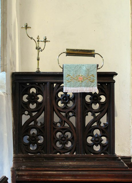 St Mary, Panfield - Pulpit