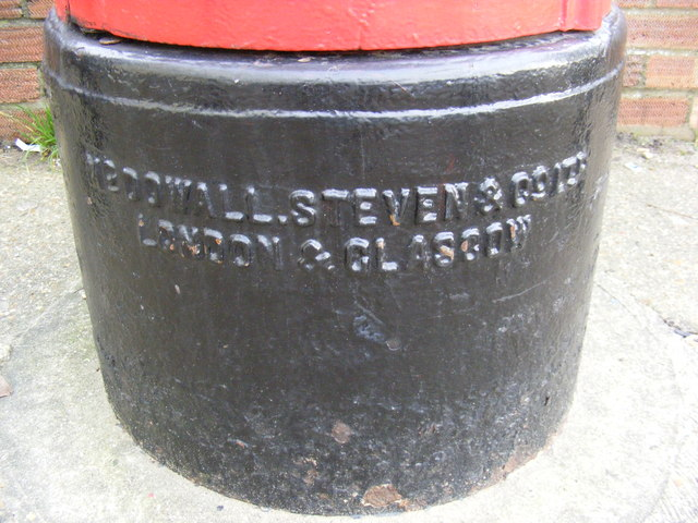 Manufacturers Name on Post Office 29 Woodbridge Road East George V Postbox