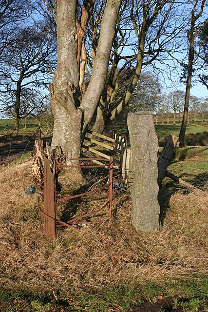 Leadloch Gatepost East