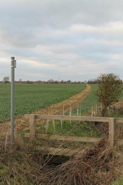 Public footpath towards Reepham