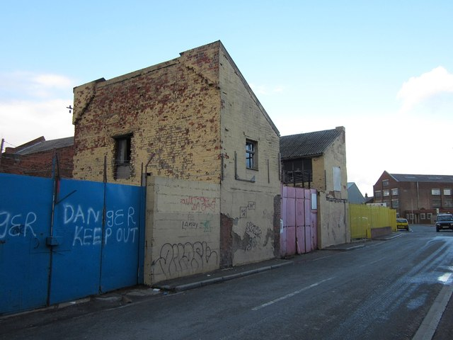 Buildings on Wincolmlee, Hull
