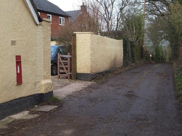Bridleway and Edward VII wallbox
