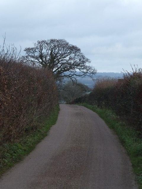 Minor road at the top of Forges Hill