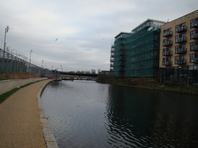 View of Canary Wharf from the Lea Navigation