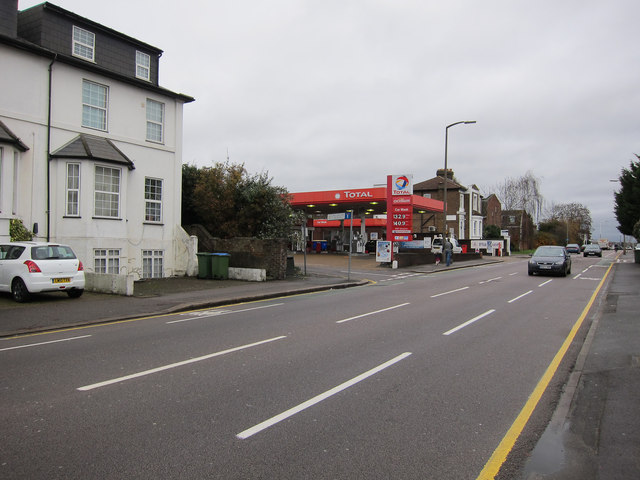 Petrol station, Portsmouth Road