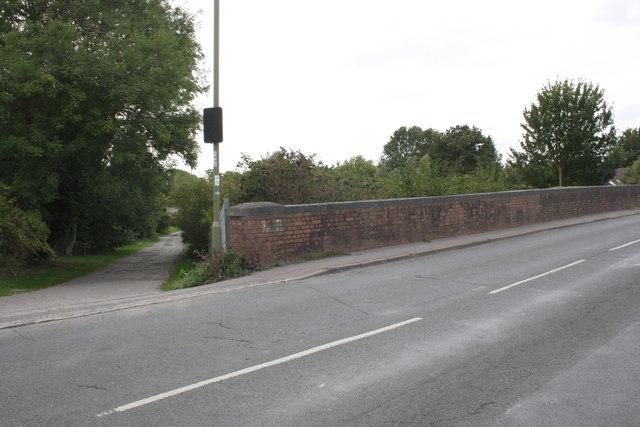 B4017 road bridge over Great Western Main Line