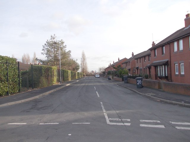 Middle Cross Street - Armley Grove Place