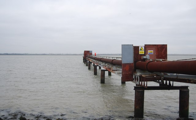 Cliffe dredger pipeline pier