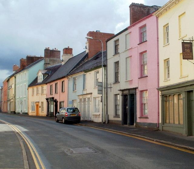 Colourful houses, The Struet, Brecon