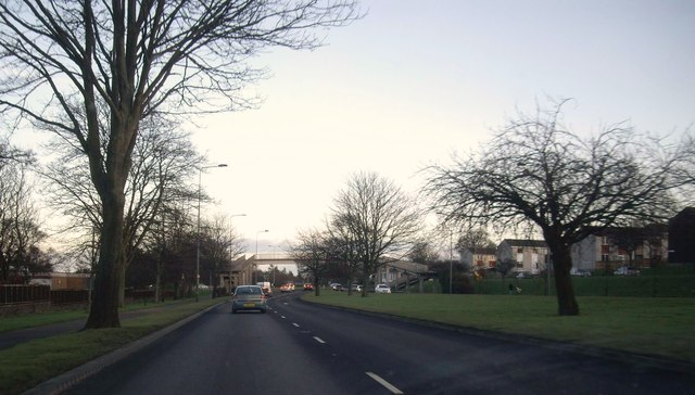 Approach to Old Glamis Road junction with A90