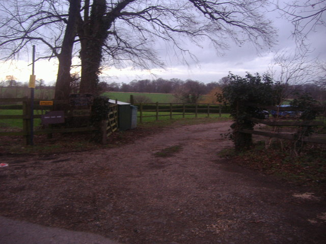 Farm entrance off Oldpark Ride