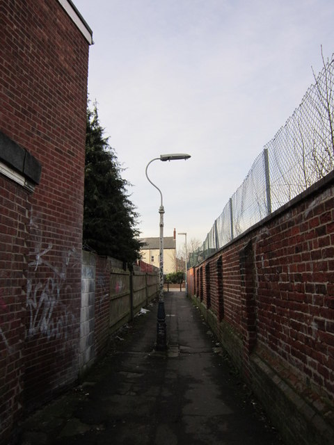 A passageway leading to Middleton Street