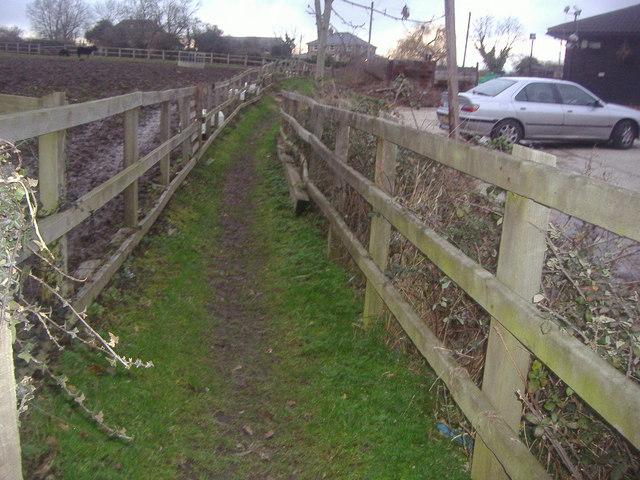 Footpath to Cheshunt off Whitewebbs Lane