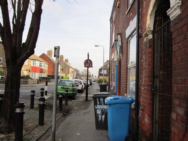 Cranbourne Street towards Beverley Road
