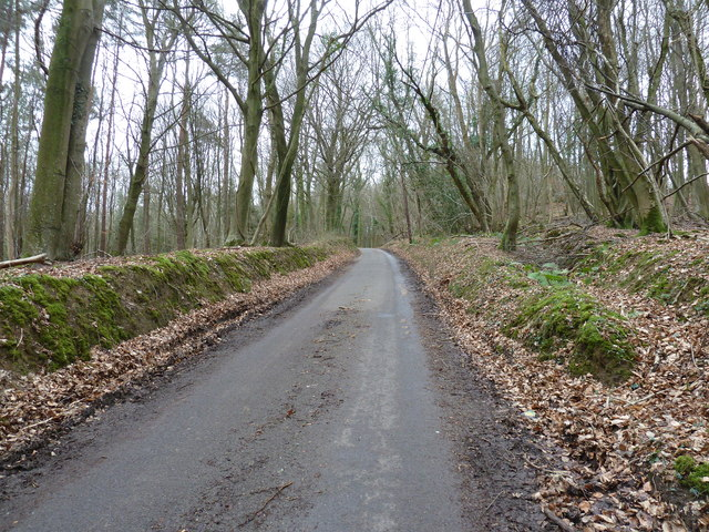 Oldlands Hill east to the A26 near Heron's Ghyll
