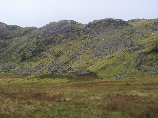 Sheepfold below Lang Crag