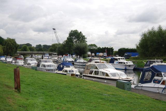 Boats at Wateringbury