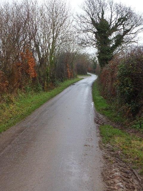 Minor road east of Burrow Corner looking east