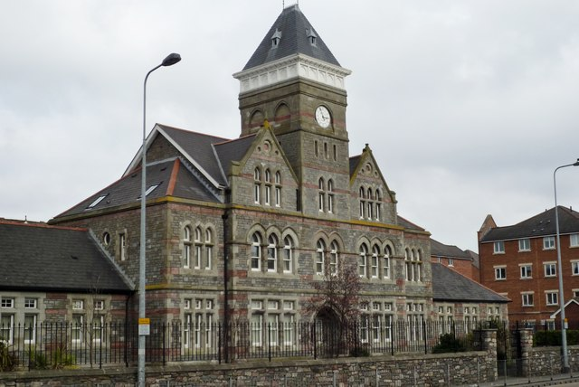 St David's Hospital Front, Cowbridge Road, Canton - Close up view
