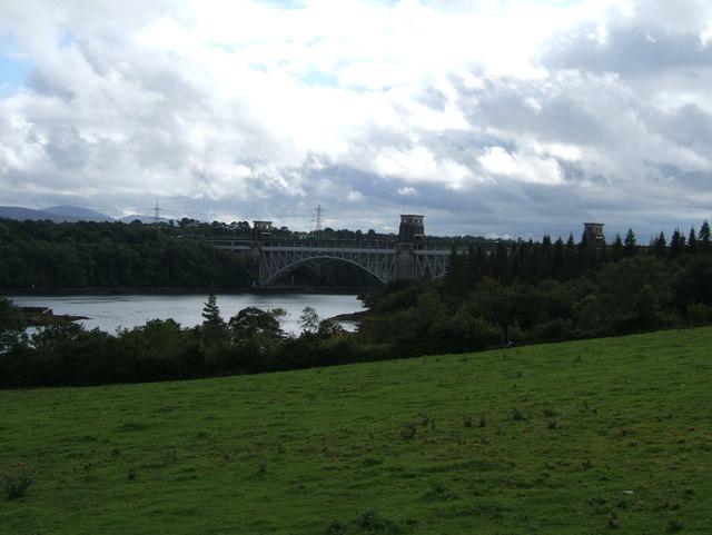 Pasture in front of Pont Britannia