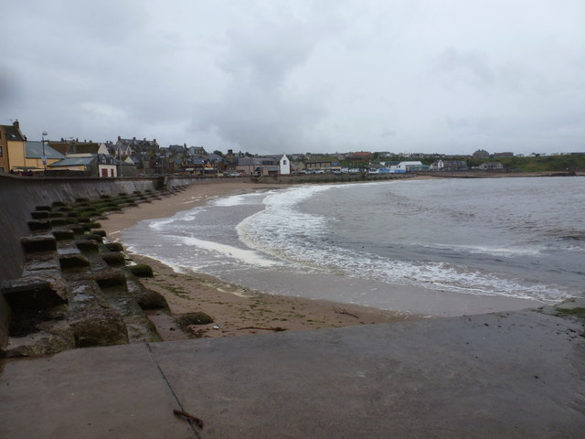 Eyemouth: the beach
