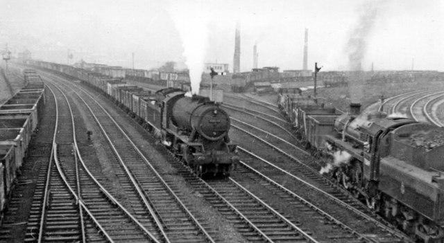 Eastward on Calder Valley main line at Hall Royd Junction, Todmorden