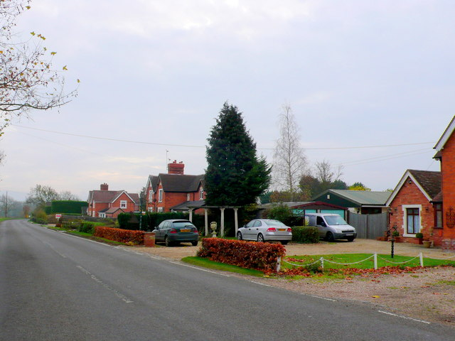 Houses at Bickmarsh