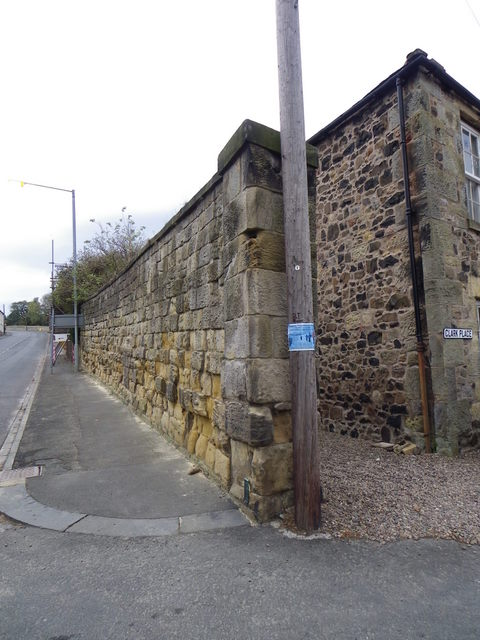 Road side wall, Belford