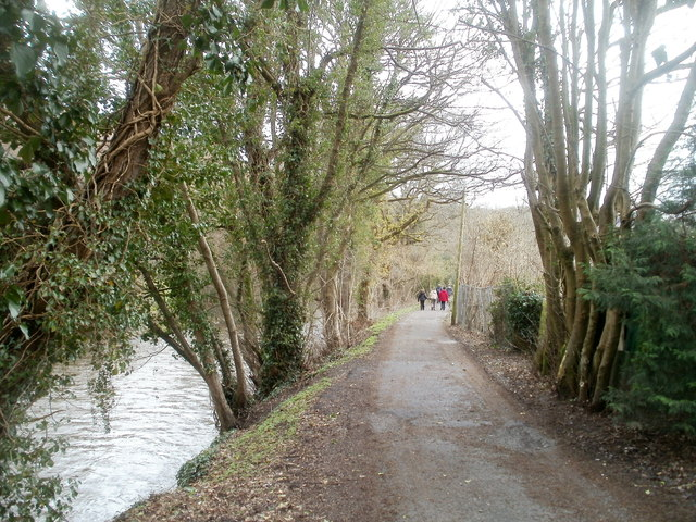 Walking along the south bank of the Rhymney, Machen