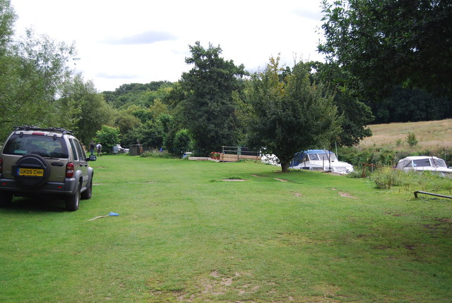 Grassy area by the River Medway