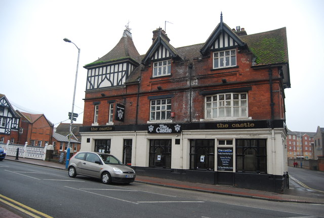 The Castle, High St