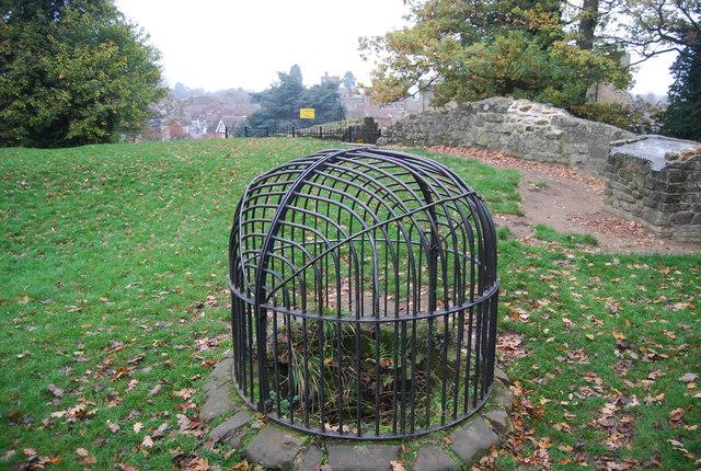Well, Tonbridge Castle