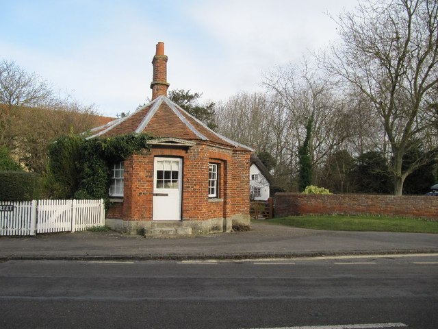 Tollhouse over the road