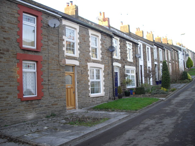Terraced houses, Tredegar St, Rhiwderin