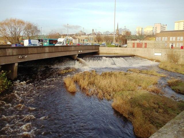 Weir on the River Calder, Wakefield