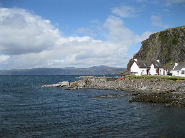 Coastline at Ellenabeich