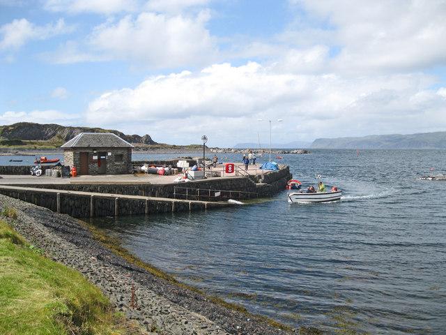Ellenabeich quay and ferry