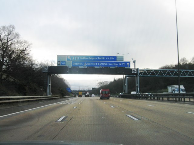 Approaching junction 8 M25