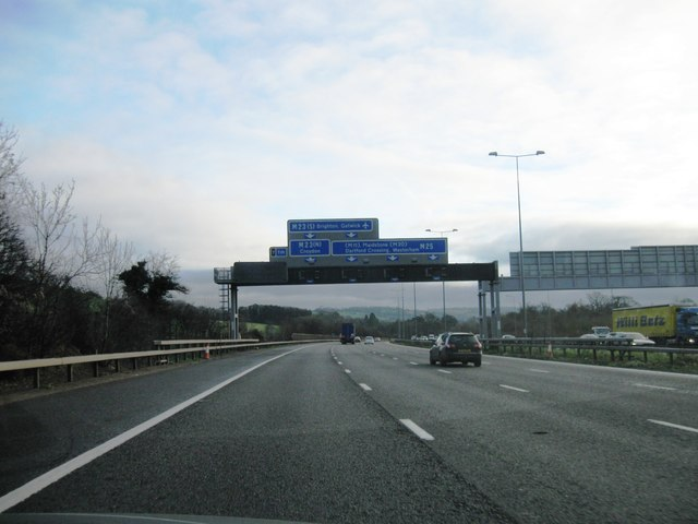 Approaching junction 7 M25