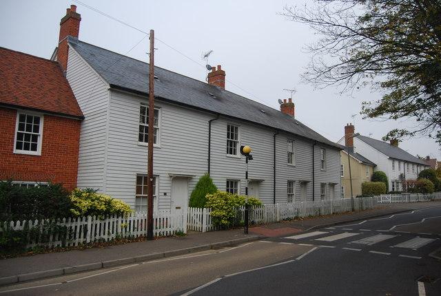 Weatherboarded terrace, School Lane