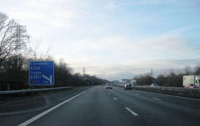 Approaching junction 10 M23
