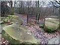 SE3805 : Redundant kissing gate by Graham Hogg