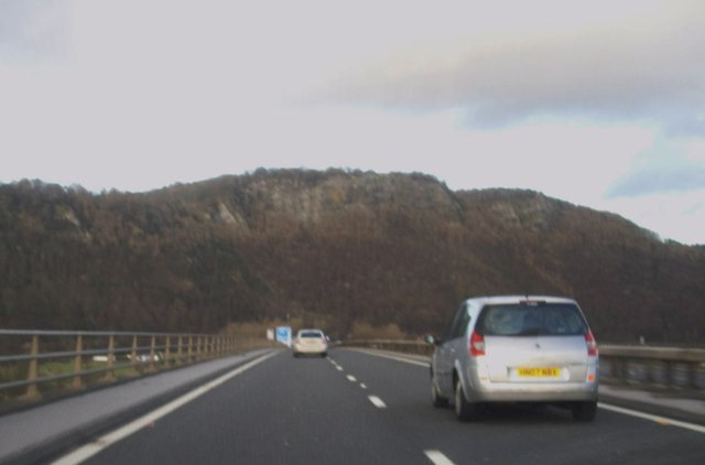Crossing the Tay on M90 at Perth
